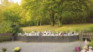 Das Gedenkrondell am Rasenfriedhof